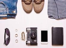 Collaget hipster women& x27; s kleding, toebehoren Royalty-vrije Stock Afbeeldingen