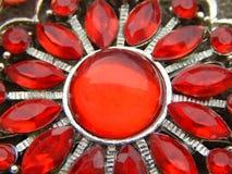 Collana con le gemme rosse fotografia stock libera da diritti