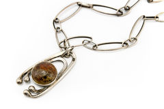 Collana d'argento con il pendente scuro della gemma Immagine Stock Libera da Diritti