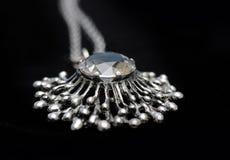Collana d'argento con la pietra di gemma Fotografia Stock Libera da Diritti