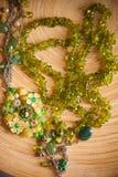 Collana di Bijouterie delle perle verdi Fotografia Stock Libera da Diritti
