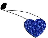 Collana a forma di cuore isolata su bianco Fotografie Stock Libere da Diritti