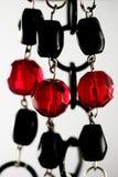 Collana nera e rossa immagini stock libere da diritti