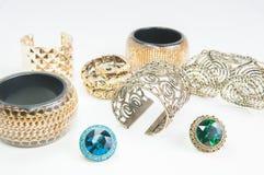 Collane dei gioielli e braccialetti d'annata Fotografie Stock Libere da Diritti