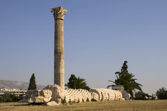 Collapsed column on Temple of Zeus Royalty Free Stock Photography