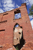 Collapsing brick wall Royalty Free Stock Images