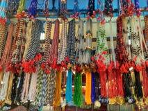 Collar de madera étnico colorido de las gotas Imágenes de archivo libres de regalías
