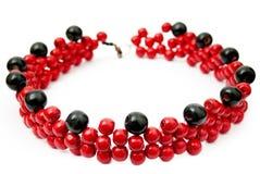 Collar moldeado rojo y negro Fotos de archivo libres de regalías