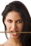 Collar penetrante del oro de la mujer Fotos de archivo libres de regalías