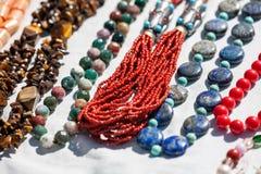 Collares coralinos hechos a mano Imágenes de archivo libres de regalías