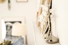 Collares de la perla en soporte Imagen de archivo libre de regalías