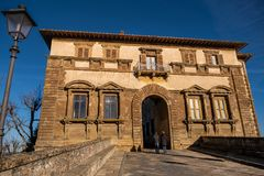 Colle Valdelsa, Siena, Toscanië - Italië stock foto