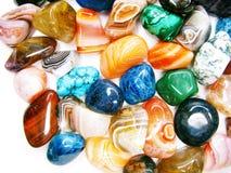 Collecti géologique de cristaux d'agate de jaspe de grenat de quartz d'améthyste photos libres de droits