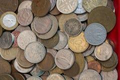 Collectiions velhos da moeda do metal Fotografia de Stock
