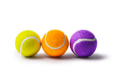 Collection de balles de tennis sur un fond blanc Images stock