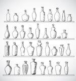 Collection de bouteilles de croquis Tiré par la main avec l'encre Photographie stock libre de droits