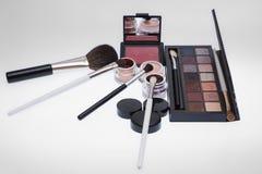 Collection de cosmétiques pour l'artiste de maquillage Photo stock