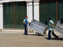 Collection de déchets d'ordures de Venise images libres de droits