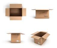 Collection de diverses boîtes en carton ouvertes sur le fond blanc Photos stock