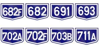 Collection de marqueurs de route pour des routes du comté en Roumanie illustration stock