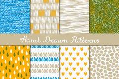 Collection de modèles sans couture abstraits dessinés en encre Blanc, jaune, beige, bleu, vert Tiré par la main Photographie stock
