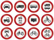 Collection de panneaux routiers de réglementation néerlandais Images libres de droits
