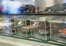 Collection de rétros modèles de voiture de jouet Images stock