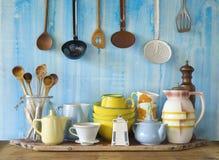 Collection de vaisselle de cuisine de vintage Photos stock