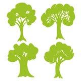 Collection tirée par la main d'arbre Ensemble de silhouettes vertes d'arbres d'isolement sur le fond blanc Vecteur Photo stock