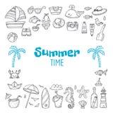 Collection tirée par la main mignonne d'heure d'été Ensemble de griffonnage de thème de plage Photos libres de droits