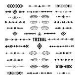 Collection tribale tirée par la main avec la course, ligne, flèche photographie stock libre de droits