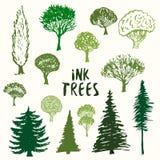 Collection verte de vecteur de silhouette d'arbres Les croquis tirés par la main ont isolé l'ensemble Image stock