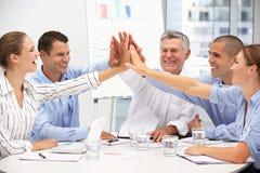 Collega's in commerciële vergadering stock afbeelding