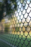 Collegamento a catena che recinta il recinto del ciclone Fotografie Stock Libere da Diritti