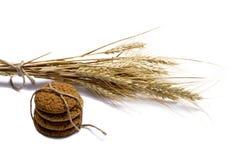 Collegamento dei biscotti di farina d'avena e delle orecchie del grano Immagine Stock