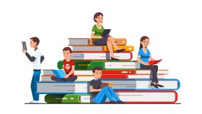 Free College And School Students Man And Woman Reading Royalty Free Stock Photo - 160505435