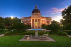 College Campus. Southern Mississippi University Campus Admin Building in Pre Dawn Light Royalty Free Stock Photos
