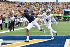 2014 College Football - touchdown catch Royalty Free Stock Images
