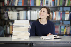 College student at the library Royalty Free Stock Photos