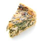 Colleghi la torta con le cipolle verdi e le uova su un fondo bianco Fotografia Stock