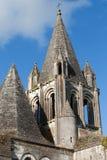 Collegiale St我们的在洛什旁边城堡。 免版税库存图片