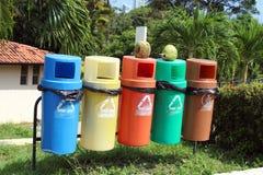Collettori di immondizia di Seletive immagine stock