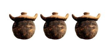 Collezioni di vecchie terrecotte del vaso di argilla isolate sugli ambiti di provenienza bianchi royalty illustrazione gratis