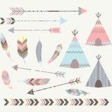 Collezioni tribali delle tende della pipi del T royalty illustrazione gratis