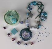 Collier, boîte et perles Photo libre de droits