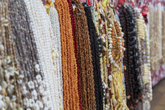 Colliers de Shell en Marche de Pape'ete (marché de Pape'ete), Pape'ete, Tahiti, Polynésie française Images stock