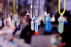 Colliers indiens sur l'affichage de marché en plein air Photo libre de droits
