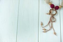 Colliers tricotés de perles Photographie stock libre de droits