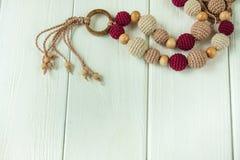 Colliers tricotés de perles Photos libres de droits