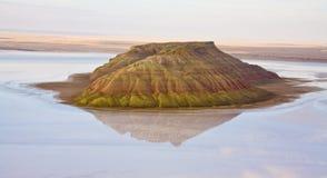 Collina del sale dell'isola in Mar Caspio di Mangistau Fotografia Stock Libera da Diritti